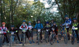 Une des équipes 10/12 ans dans la forêt de Couzage
