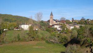 Le village de St-Bazile de Meyssac, sous le soleil automnal