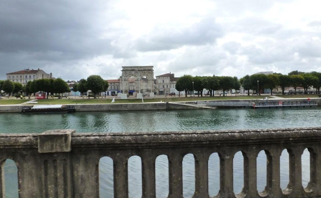 Les quais de la Charente à Saintes